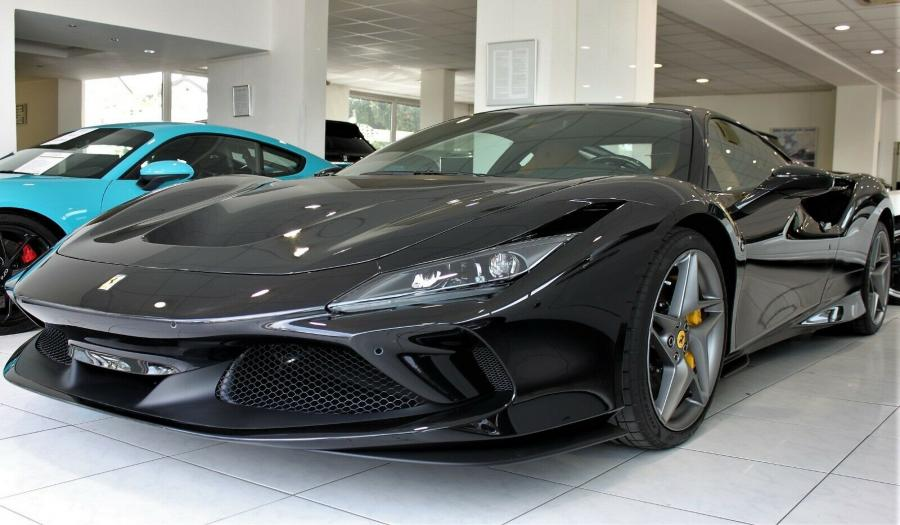 FERRARI F8 TRIBUTO DAYTONA / FULL CARBON